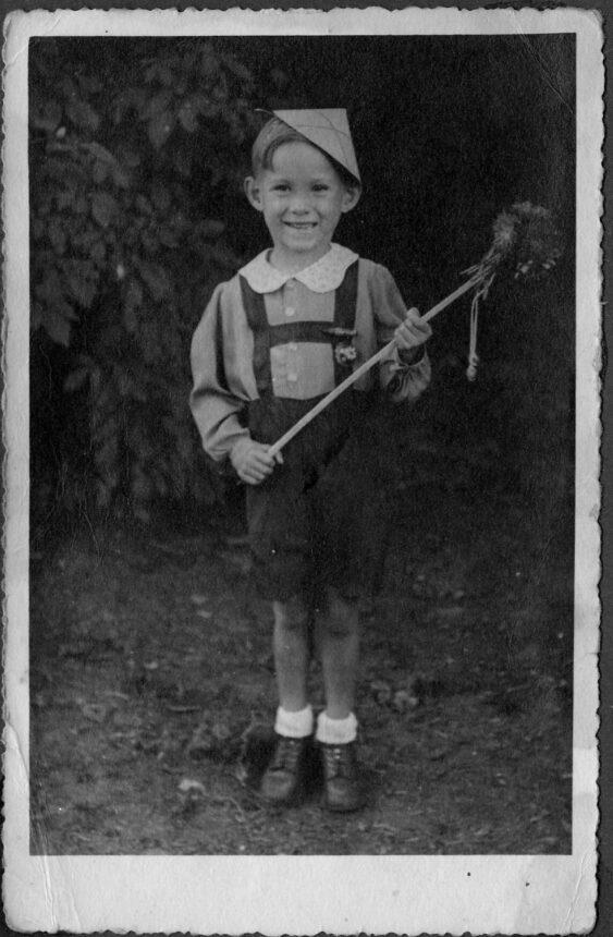 blumenfest in clausings biergarten 1948